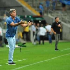 Renato exalta papel de Diego Souza no Grêmio e explica mudança