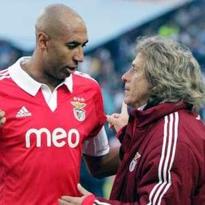 Jesus é apresentado no Benfica e diz: 'Vou tentar ...