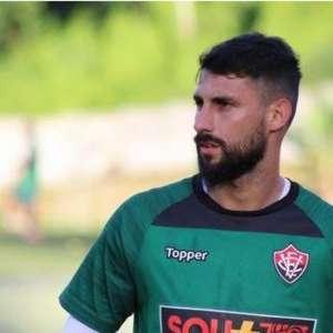 Desfalque desde janeiro, Martín Rodríguez volta a treinar no Vitória