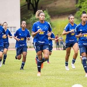 Atletas e comissão do time feminino do Cruzeiro passarão ...