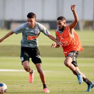 Cantillo treina com bola e Carlos faz tratamento: o ...