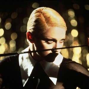 LGBTs não devem 'cancelar' Madonna por post sobre cloroquina