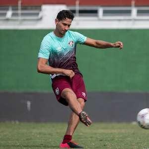 Exame detecta lesão na panturrilha de Paulo Henrique Ganso