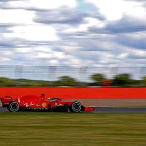 """Vettel vê falta de respaldo na Ferrari: """"Talvez não ..."""