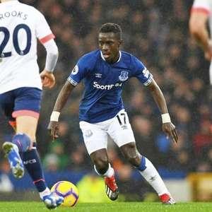 Manchester United monitora situação de Gueye no PSG