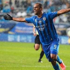 Em grande fase na K-League, Júnior Negão exalta: 'Três ...