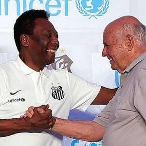 Aos 85 anos, Pepe, o 'Canhão da Vila', moderniza sua ...