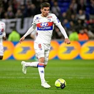 Juventus mira a contratação de Houssem Aouar, do Lyon