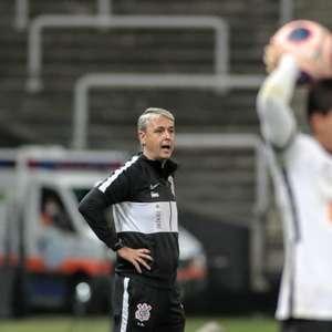 Tiago Nunes elogia defesa do Timão e crê que decisão ...