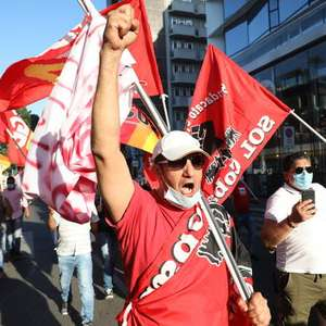 Sindicatos prometem greve se Itália não proibir ...