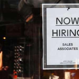Criação de vagas de trabalho nos EUA desacelera com ...