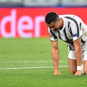 Ronaldo marca 2 mas não evita eliminação da Juventus ...