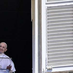 Papa Francisco envia 250 mil euros ao Líbano