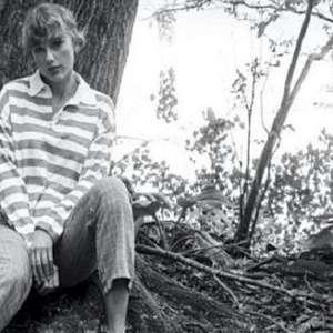"""Taylor Swift: gravadora antecipa """"Folklore"""" em CD no ..."""