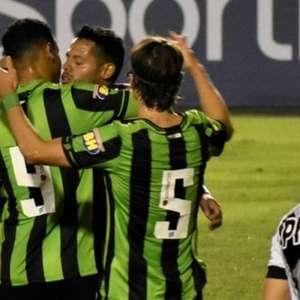 Com pênalti duvidoso, América-MG derrota Ponte Preta no Canindé