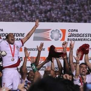 Ainda como Marcelinho, Lucas estreou pelo São Paulo há ...