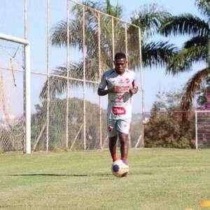 Lucas Silva pede foco total para estreia do Vila Nova-GO ...