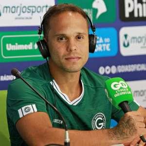 Ex-Flamengo, atacante vibra com chance no Goiás nesta ...