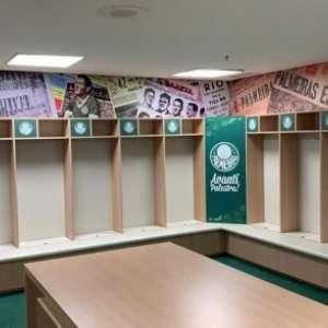 Palmeiras 'envelopa' vestiário do visitante para receber o Corinthians