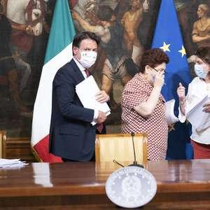 Itália proíbe demissões em empresas ajudadas pelo governo
