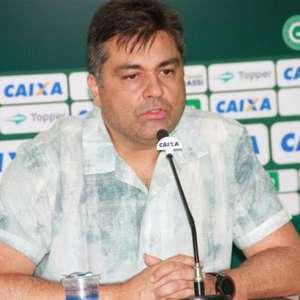 Presidente do Goiás diz que está 'tudo errado', refaz testes de Covid e espera resposta da CBF