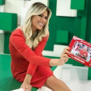 Renata Fan comemora estreia do Inter com vitória no Brasileirão: 'Jogo Aberto terá uma loira feliz'