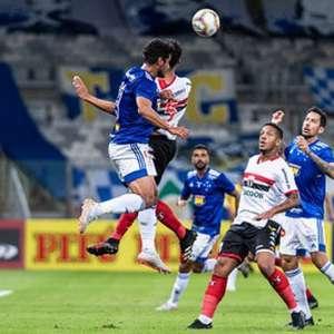 Cruzeiro estreia com vitória suada sobre o Botafogo-SP