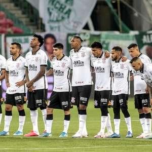 Corinthians melhorou, mas sabe que apenas raça e camisa ...