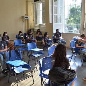 Volta às aulas em Manaus é marcada por receio de ...