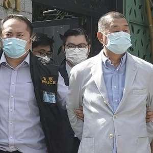 Magnata da mídia é preso em Hong Kong