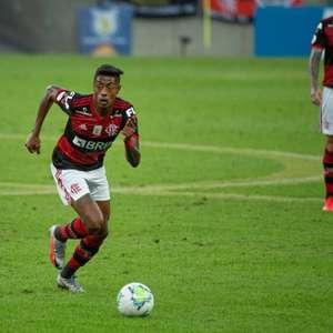 Bruno Henrique pede desculpas a Gabigol após derrota do Flamengo: 'Escolha errada'