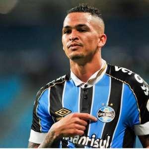 São Paulo e Grêmio não se acertam e troca de Everton por Luciano trava