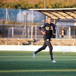 Rafael Marques marca e Kofu vence mais uma na J-League 2