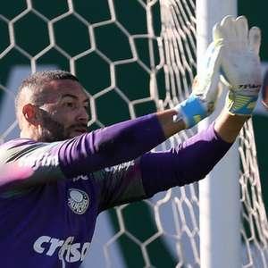 Weverton é poupado contra o Flu; Felipe Melo perde 4 jogos