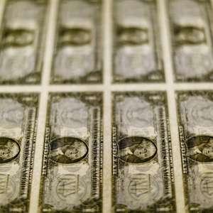 Dólar tem queda ante real após ganhos recentes