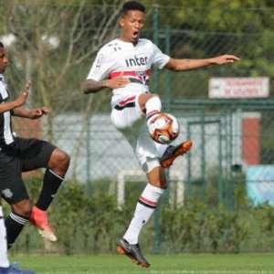 São Paulo dispensa o zagueiro Anderson Martins