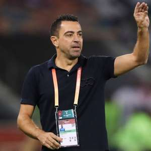 'Não acho que seja a hora de voltar ao Barcelona', diz Xavi