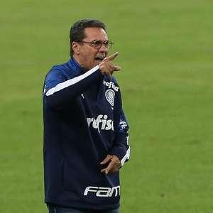 Luxemburgo elogia Luiz Adriano, mas critica falta de armação