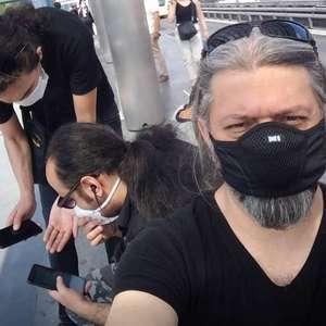 Banda de metal foge do Irã alegando condenação por ...