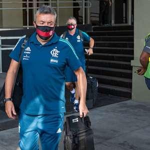 Pedrinho cita impaciência com Domènec no Flamengo e ...