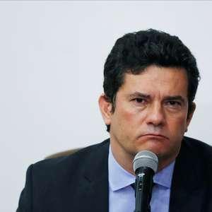 Sentença de Moro é anulada e juiz condena 2 ex-Petrobras