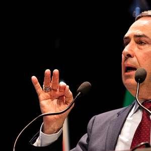Barroso suspende ordem de afastar Chico Rodrigues