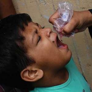 OMS anuncia erradicação de poliomielite na África