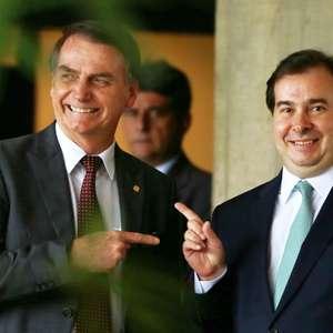 Bolsonaro nega possibilidade de colocar Maia como ministro