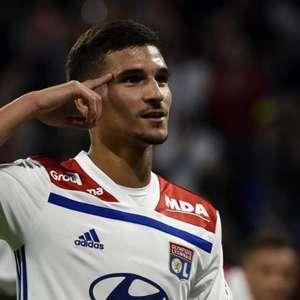 Arsenal prepara nova oferta por Houssem Aouar, do Lyon