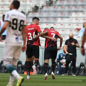 Athletico-PR vence o Coritiba e respira deixa o rival no Z4