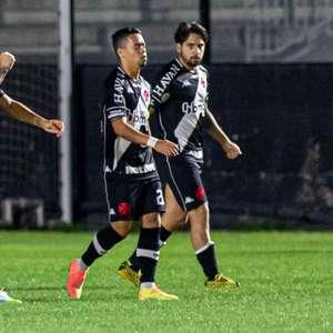 Vasco tenta vencer primeiro clássico no ano em série contra o Botafogo