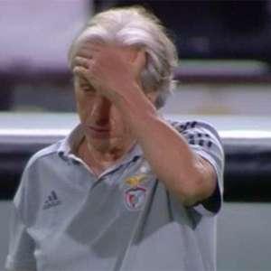 'Demos um passo atrás ao sair da Champions', diz Jorge Jesus