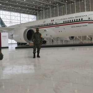 O polêmico 'sorteio de avião presidencial' no México
