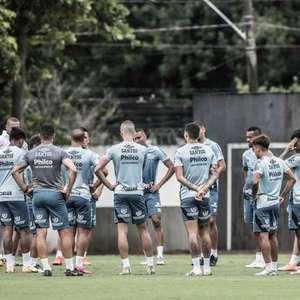Com reservas em campo e titulares na academia, Santos se reapresenta após empate pela Libertadores